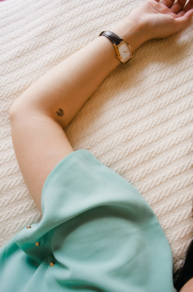 Tiny tattoos for girls, looking beautiful you should try