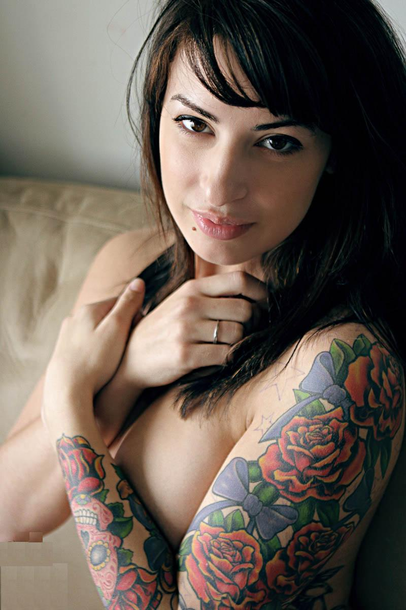Appealing Tattoos for Women 76