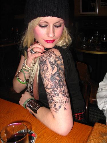 Desenhos de tatuagem de meia manga 52