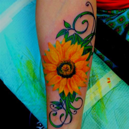 Lovely Flower Tattoo Ideas 105