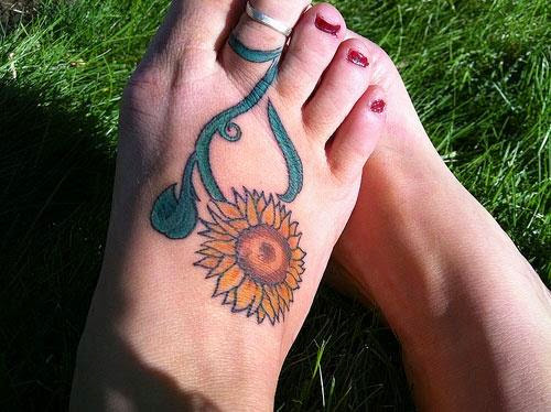 Lovely Flower Tattoo Ideas 108