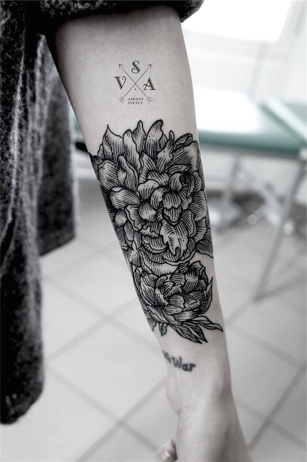 Lovely Flower Tattoo Ideas 19
