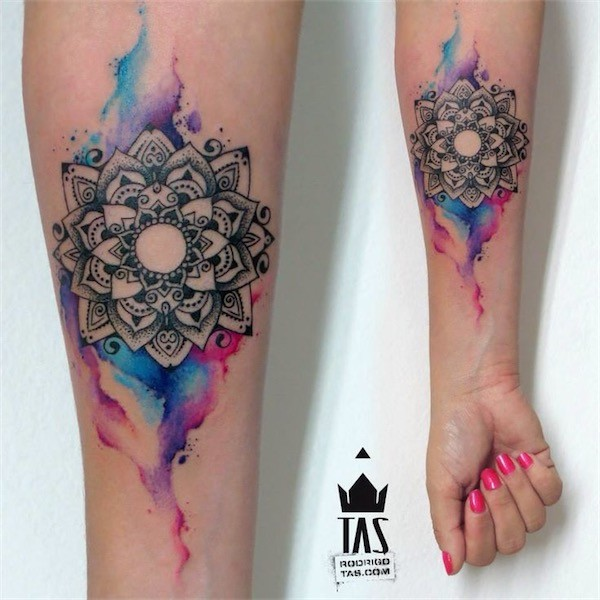 Lovely Flower Tattoo Ideas 20