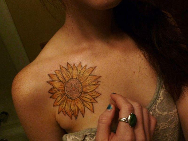 Warm Sunflower Tattoo Designs 14