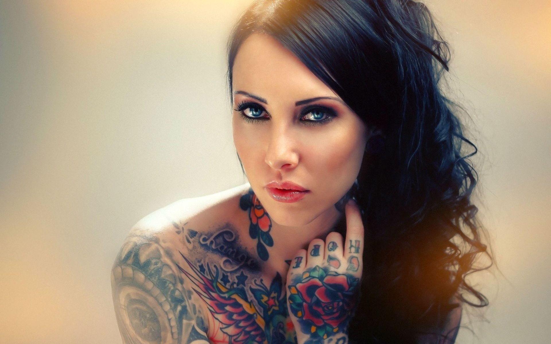 Appealing Tattoos for Women 60