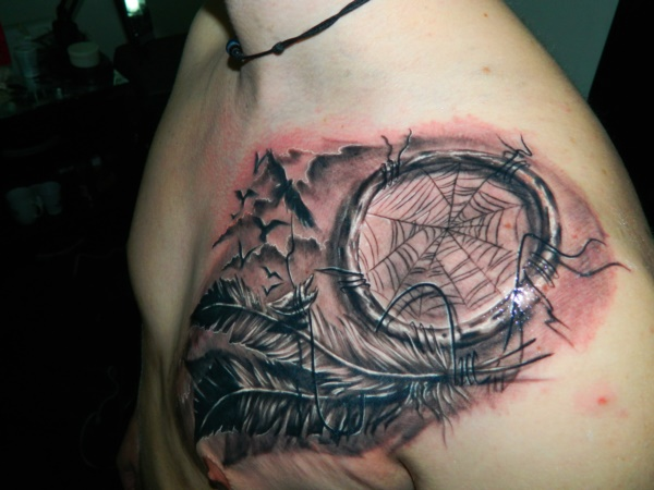 Stunning Black And Grey Tattoos 21