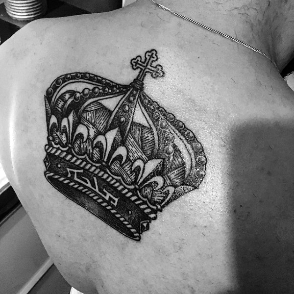 30 Most Powerful Crown Tattoos for Men