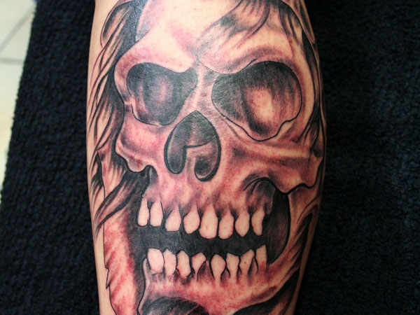 Skull Tattoos for Men and Women 10