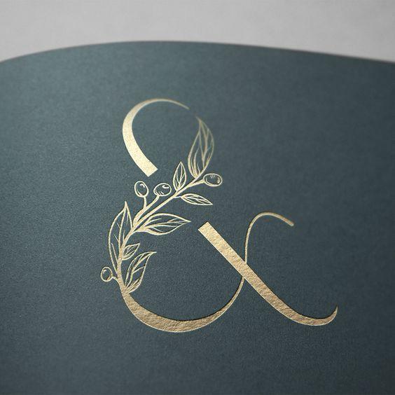 tatuagem de design de logotipo